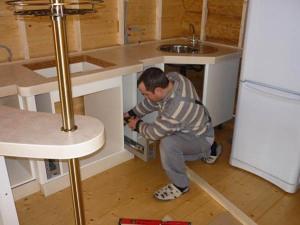 ремонт кухонных шкафчиков